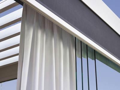 jakub-gardner-team-krakow-ogrod-projektowanie-zakladanie-ogrodow-ekskluzywne-luksusowe-ogrody-pergola-pergole-renson-funkcje-wyposazenie-zaslony