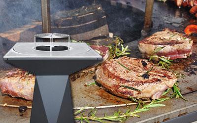 wnetrze-ogrodowe-kuchnia-z-jadalnia-palenisko-z-plyta