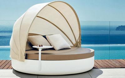 wnetrze-ogrodowe-strefa-spa-i-relaksu-lozko-ogrodowe
